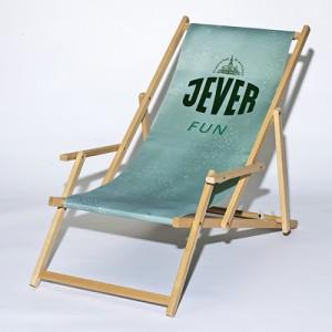Liegestuhl mit Armlehne aus Buchenholz mit Digitaldruck
