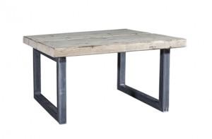 Rustikale Outdoorlounge Beistelltisch, Loungetisch aus Gerüstbohlen Holz, robust, Vermietung