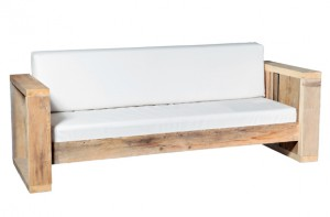 Rustikale Outdoorlounge Sofa aus Holz mit Sitzpolster, robust, Vermietung