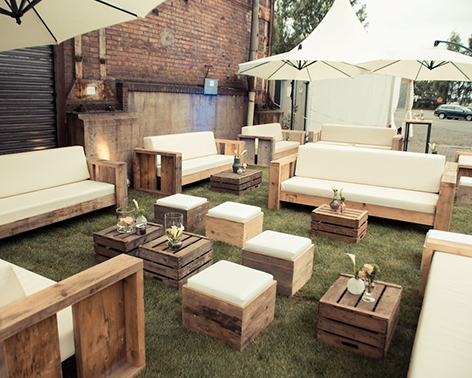 Rustikales Sofa rustikale outdoorlounge teredo agentur rindle trends for events