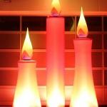 Aufblasbare Kerzen für Weihnachtsmärkte oder Weihnachtsfeier: aircandle zum stellen oder hängen - Vermietung und Verkauf möglich