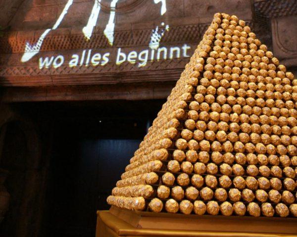 Rocher Pyramide - Nachtischbuffet, Galasnack ,Weihnachten, 1001 Nacht, orientalische Dekorationsdeko: gold- Vermietung
