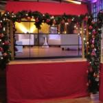 Indoor Marktständie mit Stoffverkleidung für Weihnachtsfeier, Weihnachtsmärkte oder weihnachtliches Buffet