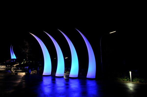 Aufblasbares Curve für Bühne oder in Autohäusern zum stellen oder hängen- Vermietung und Verkauf möglich