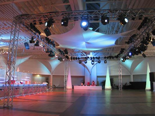 Spannsegel, Stretchsegel, Deckensegel aus Stretchgewebe Polyamid, Elastan - 4Punkt-Stretchsegel LONDON- Indoor