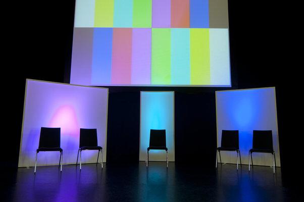 MietdekorationAgentur Rindle Raumtrenner, Projektionswände, Bühnenrückwand innolution system (c) hms easy stretch