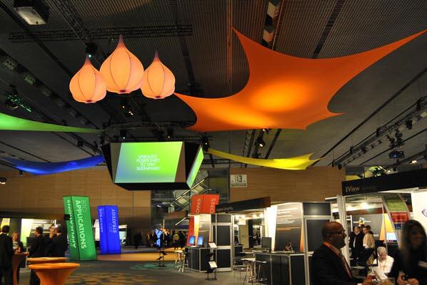 Spannsegel granada und Leuchtskulturen blob fuer Hallen oder Decken Indoordekoration - HMS