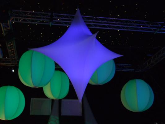 Eventdekoration zur Weihnachtsfeier easy star3D aus Stretchstoff mit Beleuchtung
