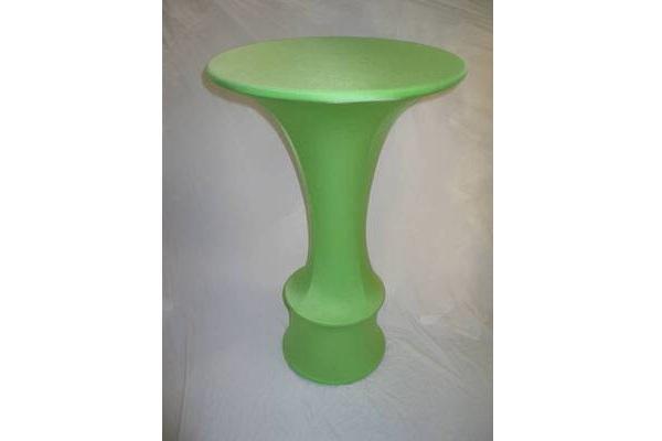 individuell konfigurierte Stretchhusse für Stehttisch mit rundem Fuß und Ring zum Abstellen der Füße ohne Zipper in apfel grün individual easy cover Agentur Rindle hms