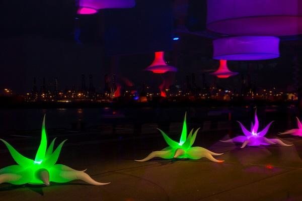 easy SQUID die Leuchtdekoration als Wegweiser, Bühnendekoration aufblasbare Dekorationen, HMS Agentur Rindle