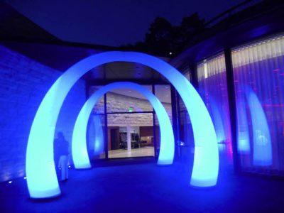 easy GATE E1 - Rundbogen die Leuchtdekoration als Eingangsgestaltung, Wegweiser, Bühnendekoration aufblasbare Dekorationen, HMS Agentur Rindle