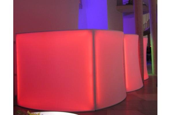 Catering Raumgestaltung Raumtrenner aus Stretchstoff Vermietung und Verkauf möglich