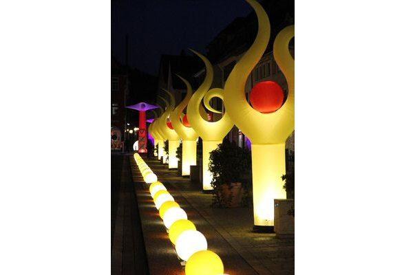 AIRFLIPP1-2 AgenturRindle - Inflatables -Aufblasbare Eventdeko für Lichterfesten Vermietung und Verkauf (c) airlight