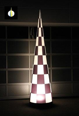 AIRRACECONE Aufblasbare Leuchtskulpturen Leuchtkegel mit Halogenlicht für Rennen zur Miete oder Verkauf fuer Lichterfeste (c) airlight