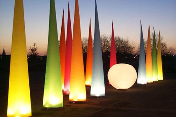AIRGLOBE AIRCONE AgenturRindle - Inflatables -Aufblasbare Eventdeko für Lichterfesten Vermietung und Verkauf (c) airlight