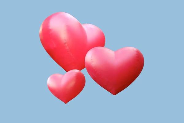 FLYING HEART (hängende Herzen) Aufblasbare Leuchtskulpturen mit LED Licht Deckendekoration zur Miete oder Verkauf (c) ADS